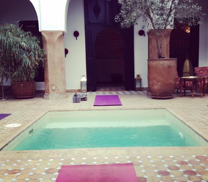 To start with good mood #hello #goodmorning #namaste #yoga #energy #yogawithstef #yogamarrakech #riadmagellanyoga #riadmarrakech