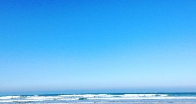 Meditation walk this morning#meditation #walk #walking #silence #enjoy #pure #present #presentmoment #breathe #beach #sand #blue #bluesky #morocco #essaouira #tafedna #quiet #peaceful