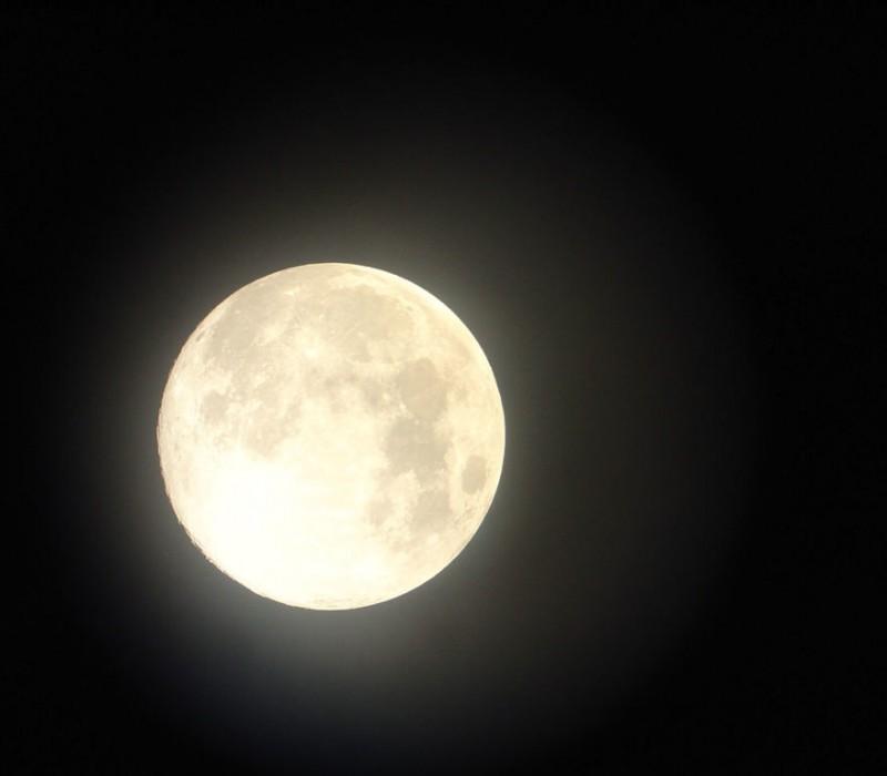 pleine-lune-espace-ciel-astronomie-1024x768